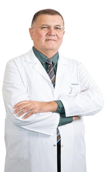 Профессор Осман Угур Калпур