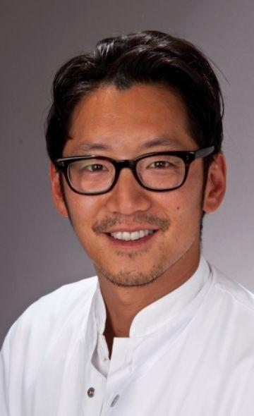 Prof. Dr. Felix Kh Chun