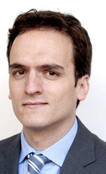 Dr. Ander Regueiro