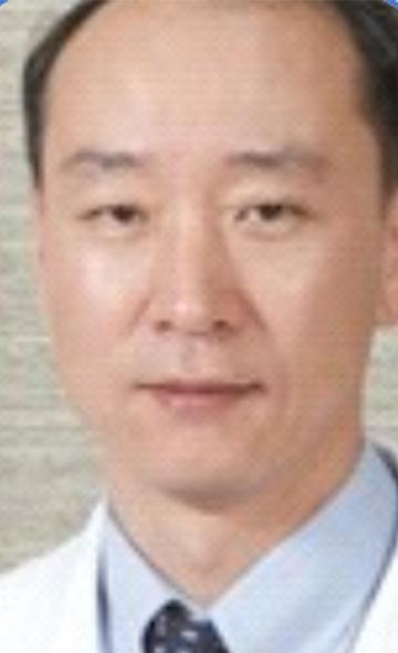 Профессор Ео Ван Кю