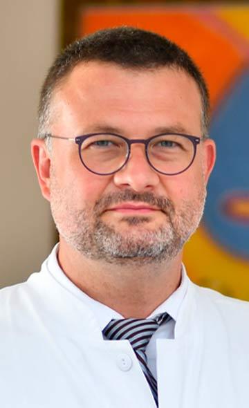 Профессор Марио Перл