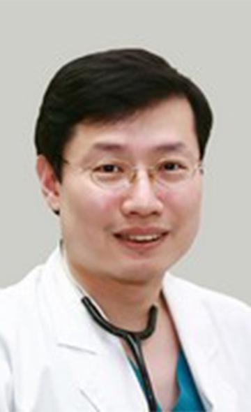Профессор Ким Сан Ук