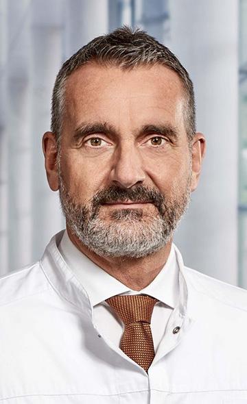 Профессор Андреас Либольд