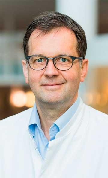 Доктор Ульрих Хальм