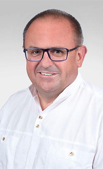 Доктор Ярослав Тваружек