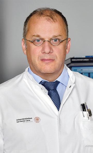 Профессор Клаус-Дитер Шазер
