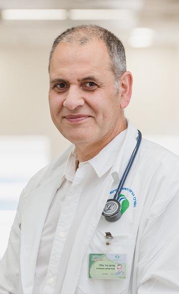 Профессор Нир Пелед