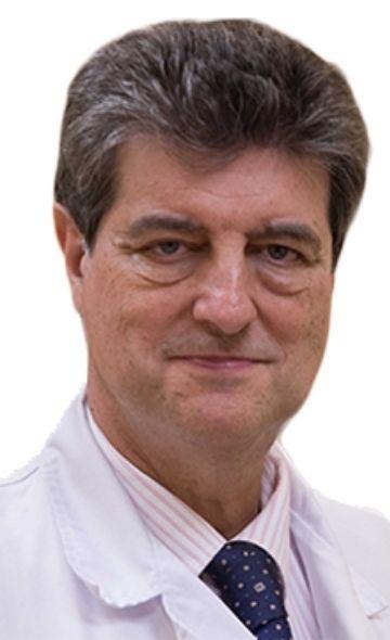 Доктор Роберто Мартинес Альварес