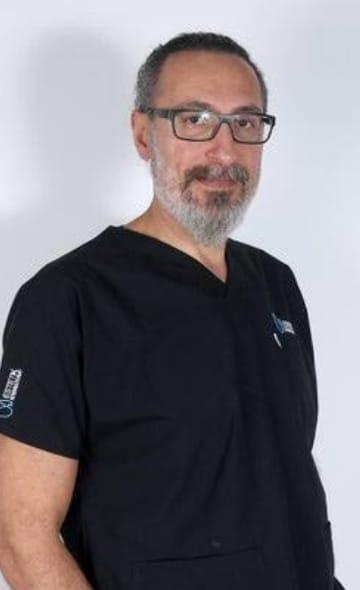 Доктор Сельчук Айтач
