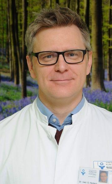 Dr. Sebastian Hentsch