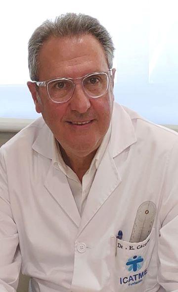 Доктор Энрик Касерес