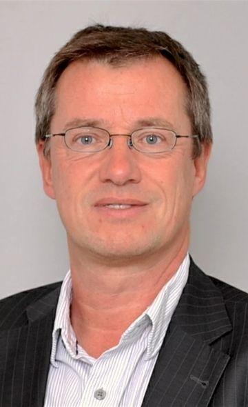 Профессор Пауль Кнобль